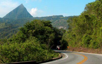 Cerro Tusa: piramidal, precolombino y natural